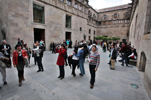 Set mil persones visiten el Palau de la Generalitat durant la Diada de Sant Jordi