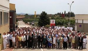 El president Puigdemont amb la família Albertí i els treballadors de La Selva