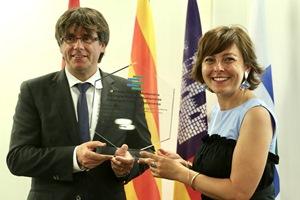 El president Puigdemont i la presidenta de la Regió d'Occitània, durant l'acte de traspàs de la presidència de l'Euroregió. Autor: Rubén Moreno