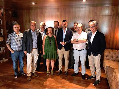 Vila s'ha reunit amb empresaris del sector turístic de Calella