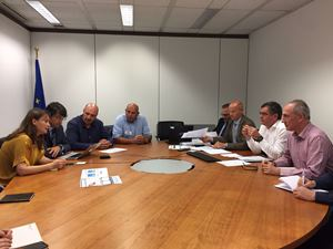 La consellera Meritxell Serret durant la trobada amb representants de la Comissió Europea