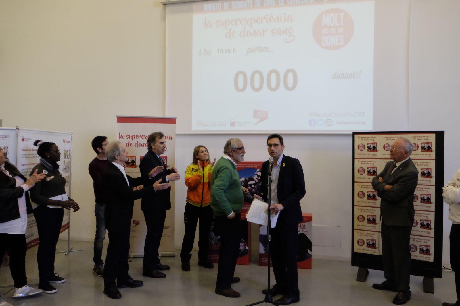 Aquest matí s'ha activat el marcador de la Marató de Donants de Sang per remuntar les reserves després de les festes de Nadal