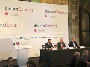Fotografia del vicepresident durant la seva intervenció al Dinar Cambra