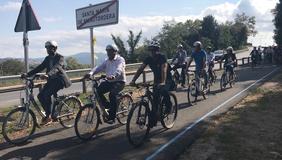 Imatge de la inauguració de la via ciclista