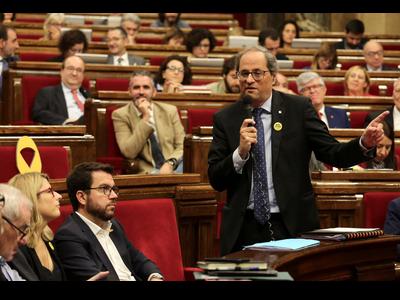 El president responent una de les preguntes de la sessió de control. Autor: Rubén Moreno