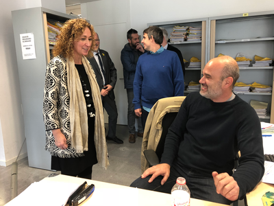 La consellera Capella visita els treballadors dels jutjats del Vendrell