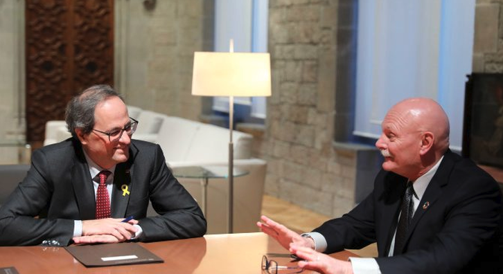 President Torra with the chief executive of GSMA, John Hoffman, at the Palau de la Generalitat (photo: Rúben Moreno)