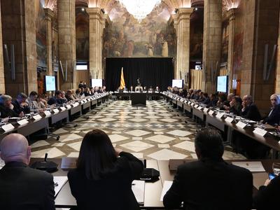 Els integrants al Pacte Nacional pel Coneixement reunits al Saló Sant Jordi. Autor: Jordi Bedmar