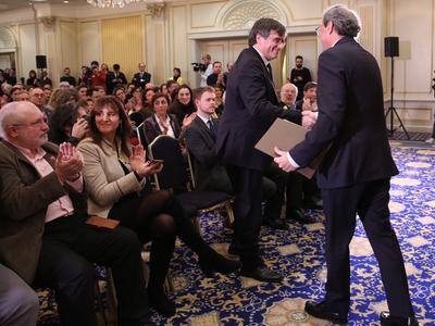 Els presidents Torra i Puigdemont, durant l'acte. Autor: Jordi Bedmar