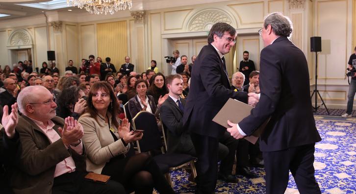Els presidents Torra i Puigdemont, durant l'acte