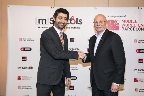 El conseller Puigneró i el CEO i director del GSMA, John Hoffman.