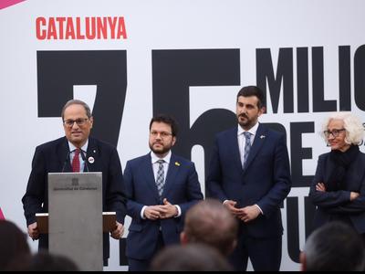 El president Torra inaugura l'exposició 'Catalunya, 7,5 milions de futurs' (Foto: Jordi Bedmar)