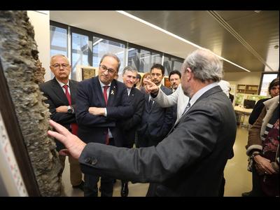 El president Torra, durant la visita a l'Institut Cartogràfic i Geològic de Catalunya