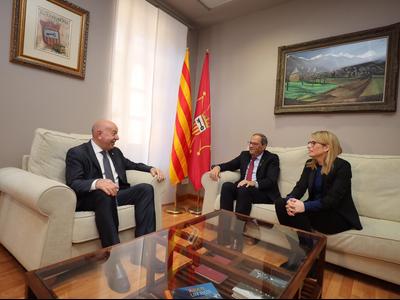 El president Torra, el síndic Barrera i la consellera Artadi durant la reunió