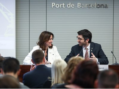 Minister Jordi Puigneró and port president Mercè Conesa today presented the SmartCatalonia Challenge 2019, which will focus on seeking innovative solutions based on advanced digital technologies with the aim of improving operations at the Port of Barcelona