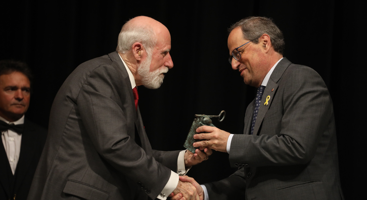 This afternoon, the president of the Government of Catalonia, Quim Torra, presented the 30th International Catalonia Prize to the American technologist Vinton Cerf.