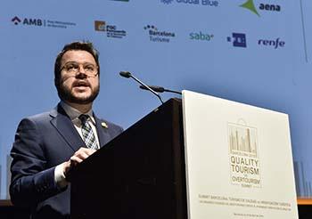 Fotografia del vicepresident Aragonès durant la seva intervenció en el Summit Barcelona 2019