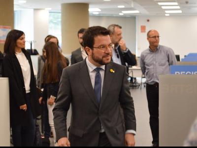 Fotografia del vicepresident durant la visita a la delegació de l'ATC del Barcelonès Nord