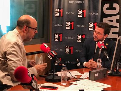 Fotografia VP entrevista a El Món a Rac1