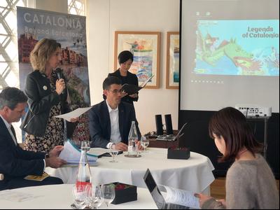 La consellera d'Empresa i Coneixement, Àngels Chacón, promociona Catalunya com a destinació turística al Japó.