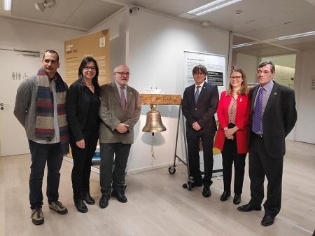 El president Carles Puigdemont i el conseller Lluís Puig són els padrins d'honor de la campana per la llibertat de Bagà