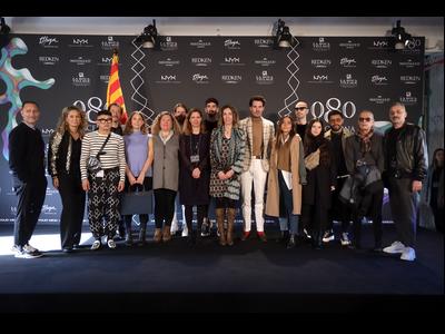 La consellera Chacón, la directora general de Comerç, Muntsa Vilalta, i els dissenyadors d'aquesta edició del 080 Barcelona Fashion.