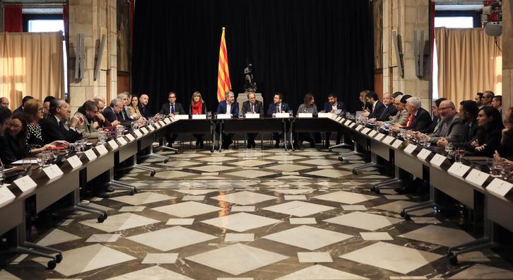 El president ha encapçalat la reunió que ha tingut lloc al Palau e la Generalitat. Autor: Jordi Bedmar