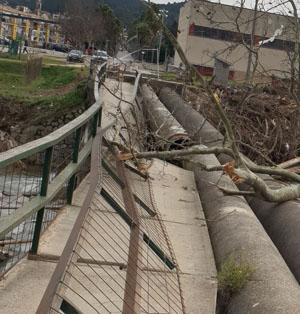 Canonada de subministrament d'aigua afectada pel temporal.
