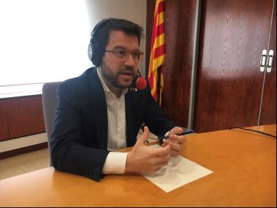 El vicepresident Aragonès, durant l'entrevista amb R-4