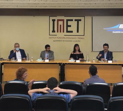 Signatura de l'acord entre la Generalitat i l'Ajuntament de Vilanova i la Geltrú per a l'establiment d'una escola de formació de mecànics aeronàutics a l'aeroport de Lleida-Alguaire