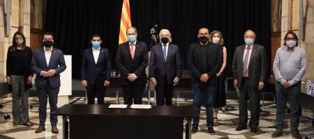 El cap de l'Executiu signa l'Acord Nacional de Bases per a la Reactivació Econòmica amb Protecció Social amb els sindicats Comissions Obreres i UGT i les patronals Foment del Treball i Pimec