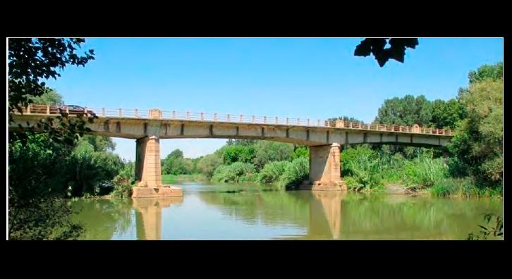 Pont de la C-252 sobre el riu Ter a Verges.