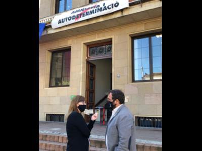 El delegat Juli Fernàndez amb l'alcaldessa de La Garriga