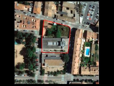 Ortofoto de la ubicació del CAP actual i de la parcel·la per a la seva ampliació