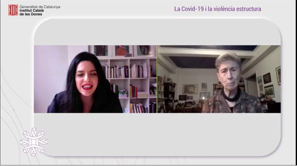 L'escriptora Federici acompanyada de l'advocada Carla Vall