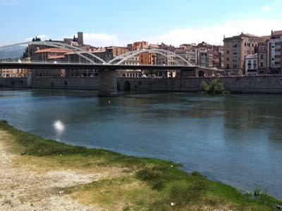 Riu Ebre a Tortosa.