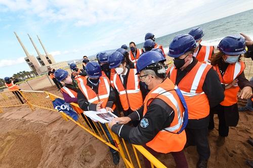 Visita a les obres d'arribada del cable submarí