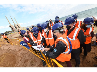 Visita obres cable submarí
