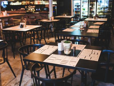 El Departament d'Empresa i Coneixement activa la línia d'ajuts de 50 milions d'euros a bars, restaurants, oci nocturn i altres serveis aturats per la Covid-19