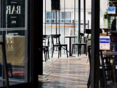 Una imatge d'un bar