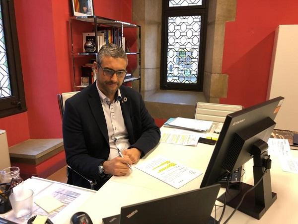 El conseller Bernat Solé, durant la reunió telemàtica.