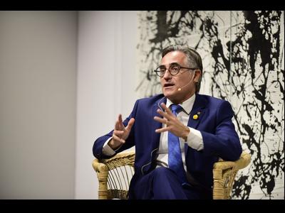 El conseller Tremosa en la presentació aquest vespre del seu llibre 'Catalunya potència logística natural'