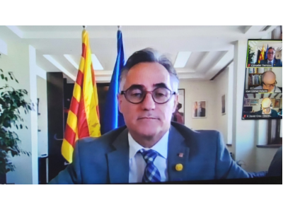 El conseller Tremosa en la reunió amb els agents del sistema català de recerca