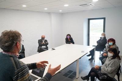 Teresa Jordà reunida amb la Comunitat de Regants de la Presa de Colomers
