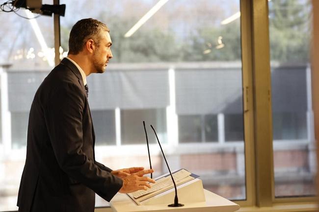 El conseller Bernat Solé, des del Parlament.