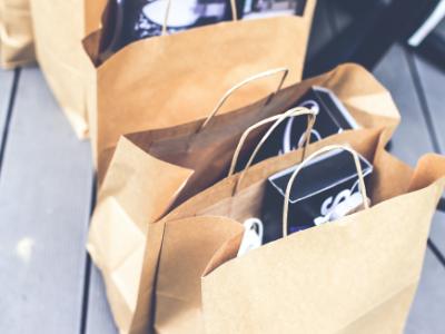 Els consumidors conserven el dret a fer canvis i devolucions de les compres de Nadal en les condicions anunciades pels establiments, malgrat les restriccions per la Covid-19