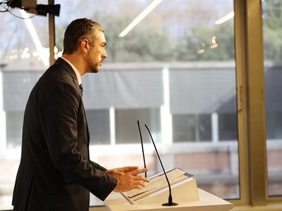 El conseller Solé, en una compareixença al Parlament
