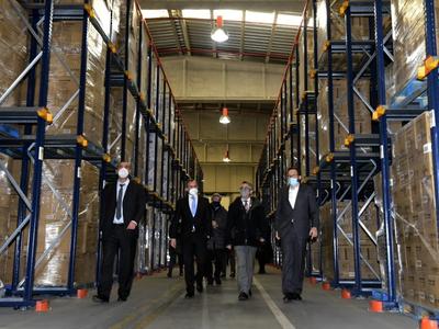 El conseller i els responsables de Taurus visiten les instal·lacions de l'empresa