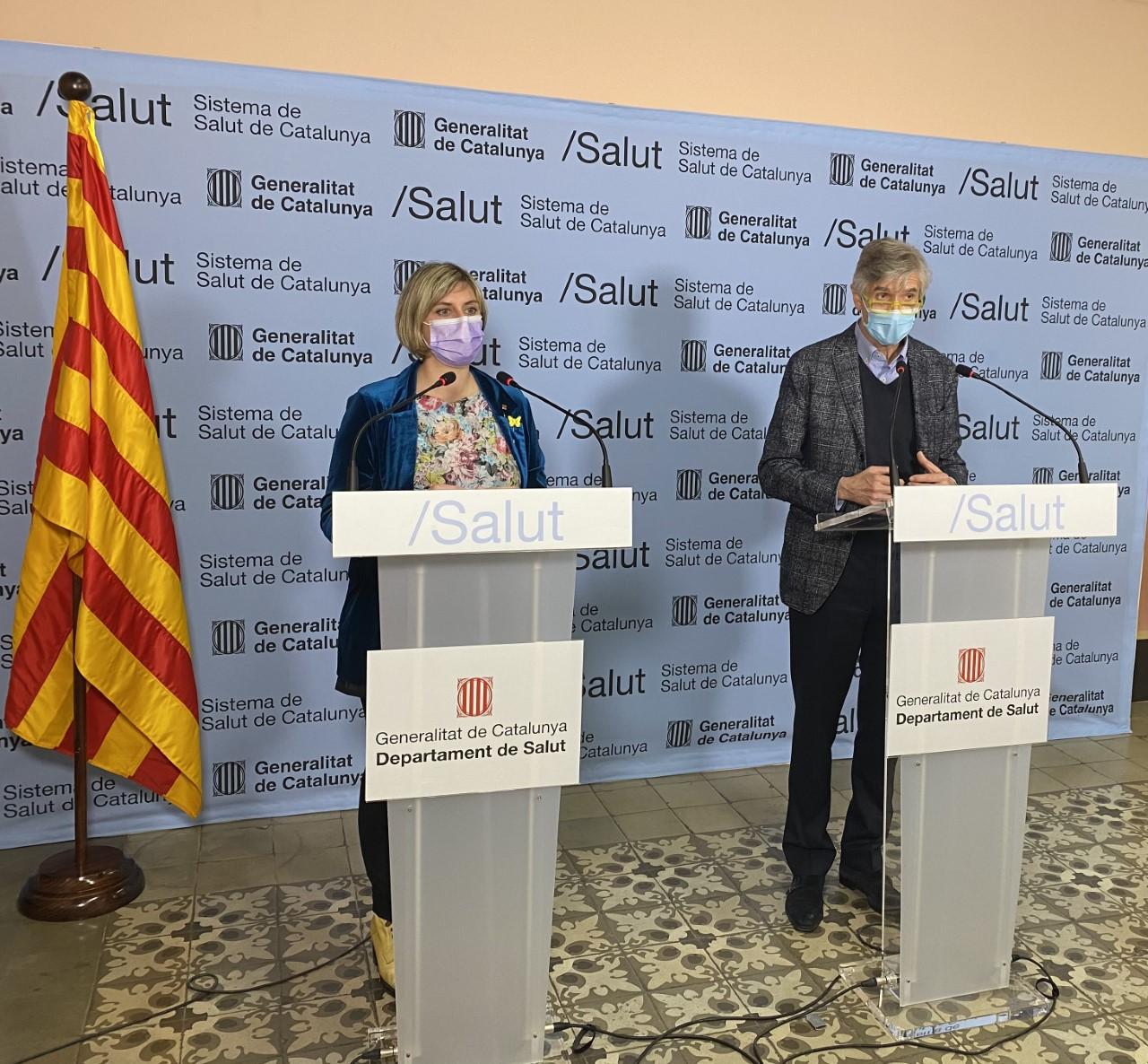 La consellera de Salut i el secretari de Salut Pública durant la roda de premsa