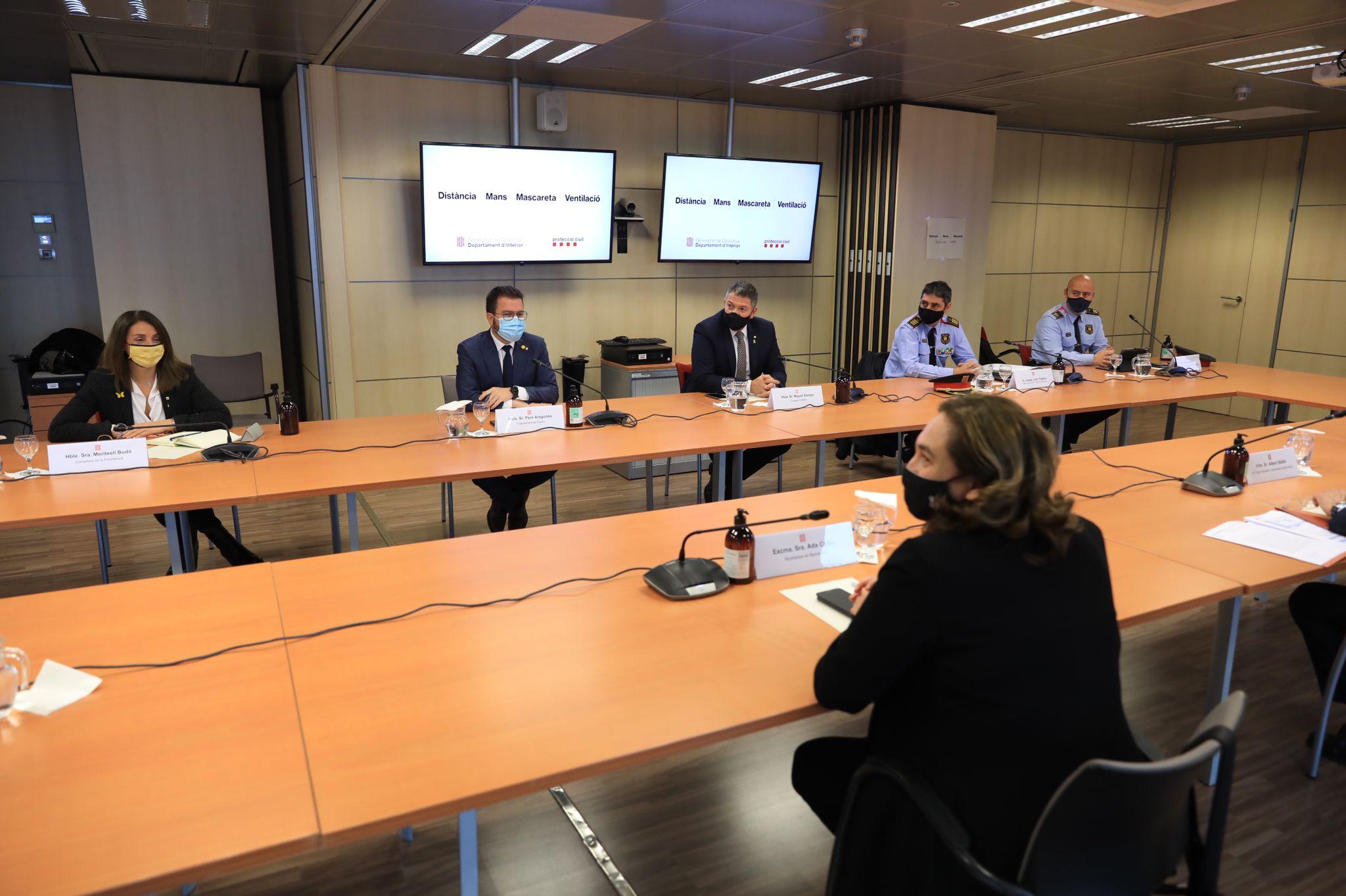 Reunió entre el Govern català i l'Ajuntament de Barcelona per analitzar els aldarulls dels últims dies